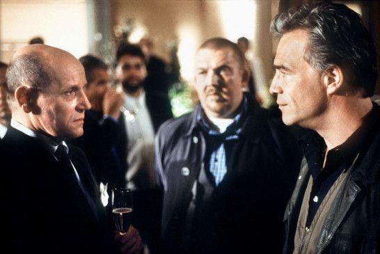 Da ist Ärger programmiert: BND-Agent Sattmann (Jürgen Schornagel, l.) trifft auf Schenk (Dietmar Bär) und Ballauf (Klaus J. Behrendt, r.)