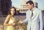 Auftrag in Rom: Agent Finney (Paul Hubschmied) und seine FBI-Kollegin (Karin Dor)