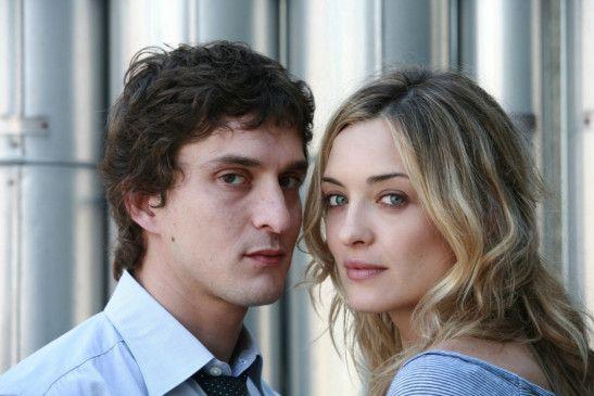 Matteo (Alessandro Tiberi) und die schöne Marketing-Chefin (Carolina Crescentini)