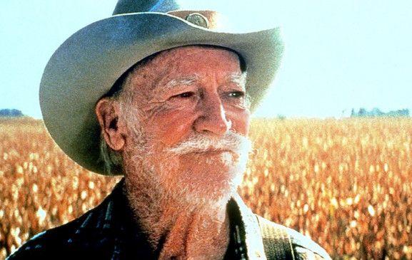 Ein Mann und sein Rasenmäher - Richard Farnsworth  auf großer Fahrt