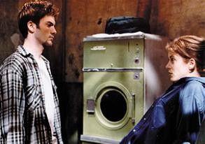 Willst du mir etwa an die Wäsche? Kate Walsh und Wes Bentley