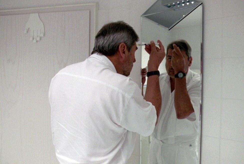 Botox am Morgen erspart Kummer und Sorgen - der Schönheitschirurg muss auch schon mal am eigenen Körper nachbessern