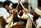Verdammt, ihr Afrikaner seit ganz schön  widerspenstig! Richard Roundtree (l.) alias Shaft