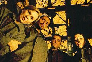 Was sehen unsere trüben Augen  da? Nicky Guadagni, Maurice  Dean                                                         Wint, David Hewlett und Nicole  deBoer (v.l.)
