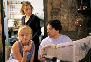 Geschichte find' ich toll! Corinna Harfouch  (hinten), Susanne Bormann, Helmut Berger