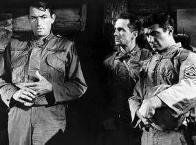 Wir haben keine Chance - also nutzen wir sie!  Gregory Peck, Harry Guardino und George Peppard  (v.l.)