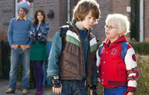 Ärger? Ole Kroes (r.) als Alfie mit Stiefbruder Maas Bronkhuyzen