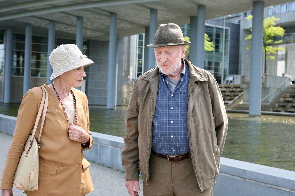 Rosa (Christine Ostermayer) und Bruno (Karl Merkatz) haben sich spät neu gefunden