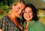 Sehen so Konkurrentinnen aus: Tanja Wedhorn und Hannelore Elsner (r.)