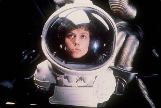 Hier stimmt was nicht! Sigourney Weaver als Ripley