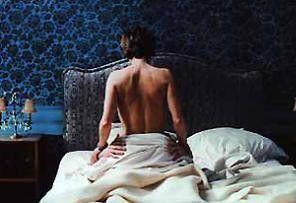 Ein schöner Rücken kann auch entzücken! Nathalie Baye mit Partner