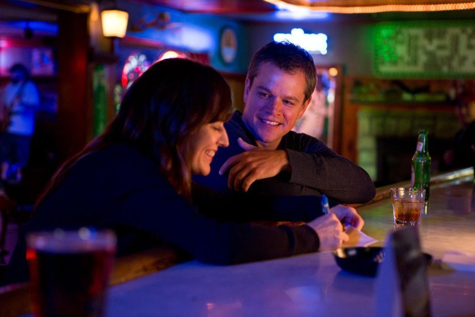 Steve Butler (Matt Damon) scheint Gefallen an Alice (Rosemarie Dewitt) zu finden