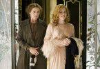 So sieht meine Welt aus! Miss Pettrigrew (Frances McDormand, l.) wundert sich über Delysia Lafosse (Amy Adams)