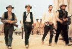 Auf geht's zum Schlachtfest: Ernest Borgnine,  William Holden, Warren Oates und Ben Johnson  (v.l.)
