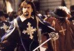 Kämpft im Auftrag des Königs: Musketier Charlie Sheen