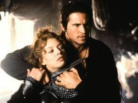 Verhält sich nicht immer heldenhaft: Val Kilmer,  hier mit Joanne Whalley