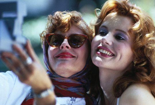Keine Bange, wir haben unseren Spaß! Susan Sarandon (l.) und Geena Davis