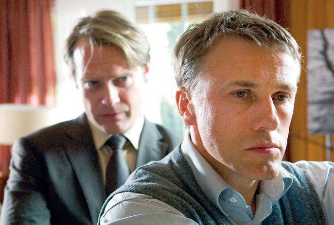 Ist Kortmann (Christoph Waltz, r.) schuldig? Gellhagen (Pierre Besson) ermittelt