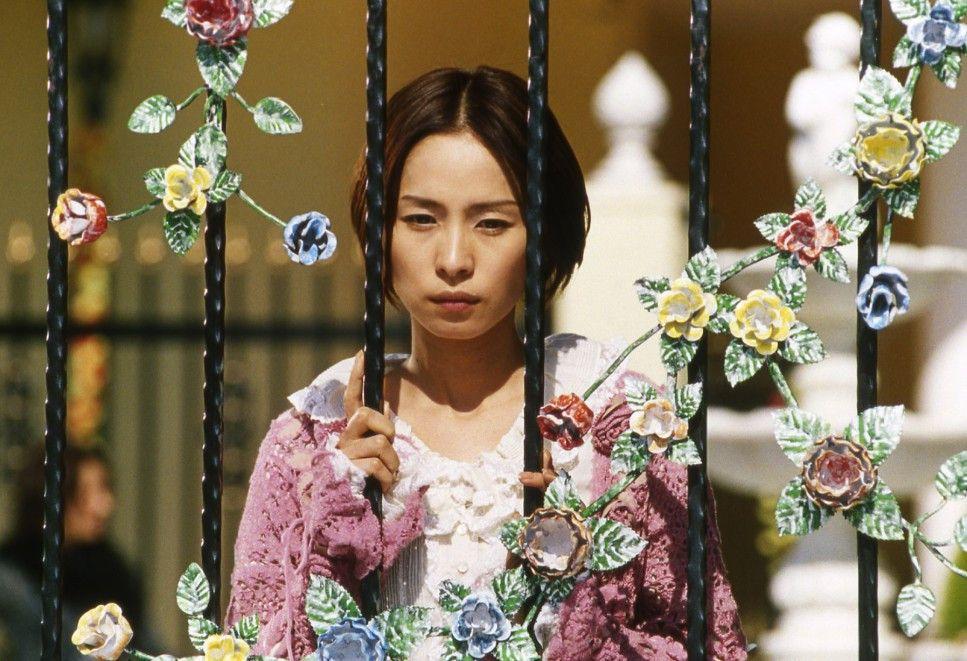 Für Shizue Katakuri (Naomi Nishida) ist das Leben kunterbunt. Auch wenn um sie herum Tod und Chaos herrschen ...