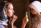 Das ist ein Lippenstift, Kleines! - Kate Winslet  macht sich hübsch