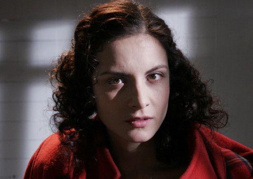 Nada (Sonja Kolacaric) träumt von einem Leben ohne Rollstuhl