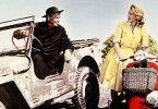 Pater Antonio (Maurice Chevalier) sorgt sich weniger um Jessica (Angie Dickinson) als um die Männer seiner Gemeinde