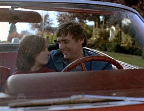 Zunächst scheint zwischen Don (Dennis Hopper) und seiner Tochter CeBe (Linda Manz) wieder alles in Ordnung zu sein ...