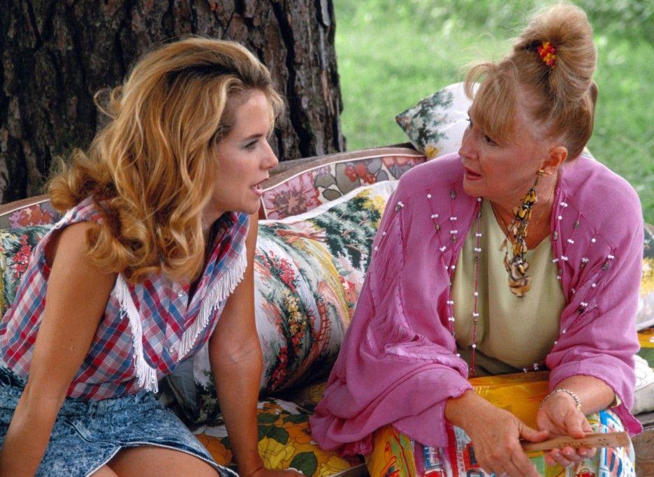Hippie-Zicken: Rose (Kelly Preston, l..) und ihre Mutter Jewel (Diane Ladd)