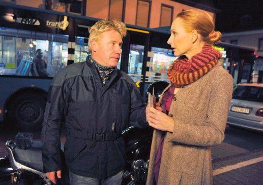 Lösen sie ihren letzten Fall? Dellwo (Jörg Schüttauf) und Sänger (Andrea Sawatzki)