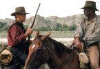 Sie reiten ihrem letzten Auftrag entgegen: Clint Eastwood (l.) und Morgan Freeman