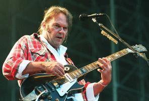 "Regisseur, Hauptdarsteller und genialer Rockstar in  dem Musikfilm ""Rust Never Sleeps"": Neil Young"