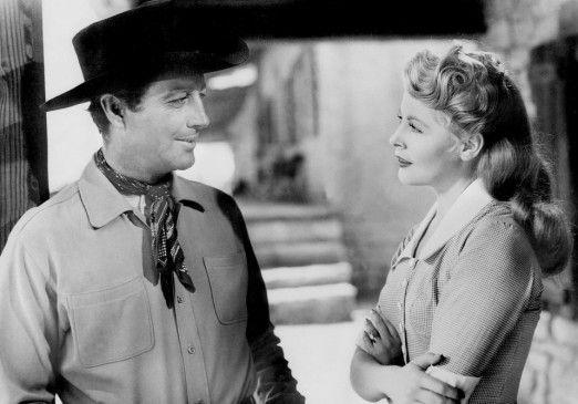 Ward Kinsman (Robert Taylor) scheint Gefallen an  Ann (Arlene Dahl) zu finden