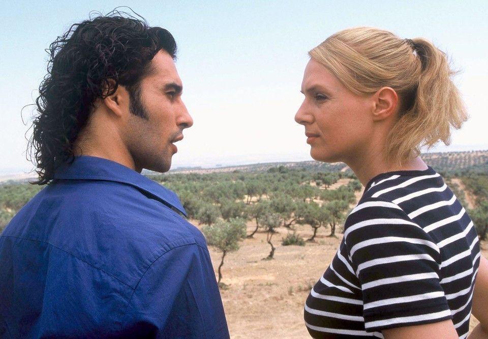 Zwischen Lisa (Svenja Pages) und Ramón (José-Luis Vidal) funkt es