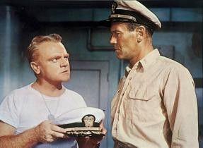 Wollen sie vielleicht meine Kapitänsmütze? James Cagney (l.) und Henry Fonda