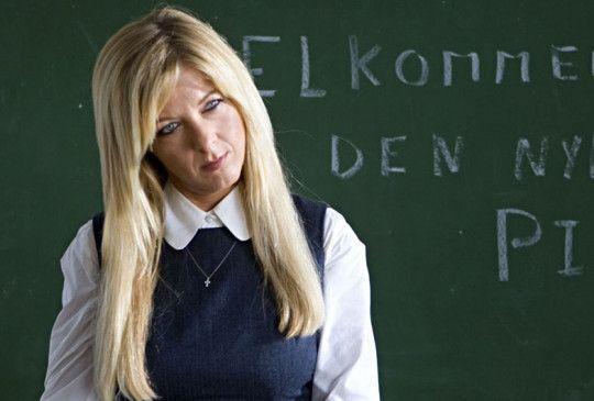 Seltsames geht vor im Staate Dänemark: Paprika Steen als außerirdische Lehrerin