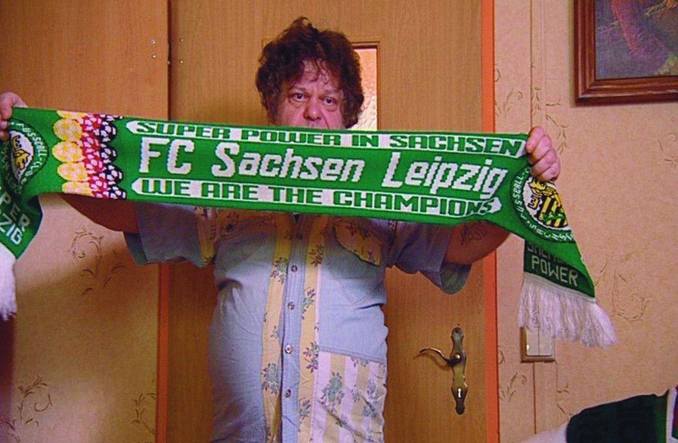 Henrys Liebe zu seinem Fußballverein ist geblieben