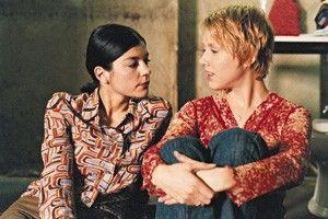 Dir ist wohl auch langweilig, was? Jasmin  Tabatabai (l.) und Gruschenka Stevens