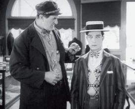 Junior, du machst das schon! Ernest Torrence (l.)  und Buster Keaton