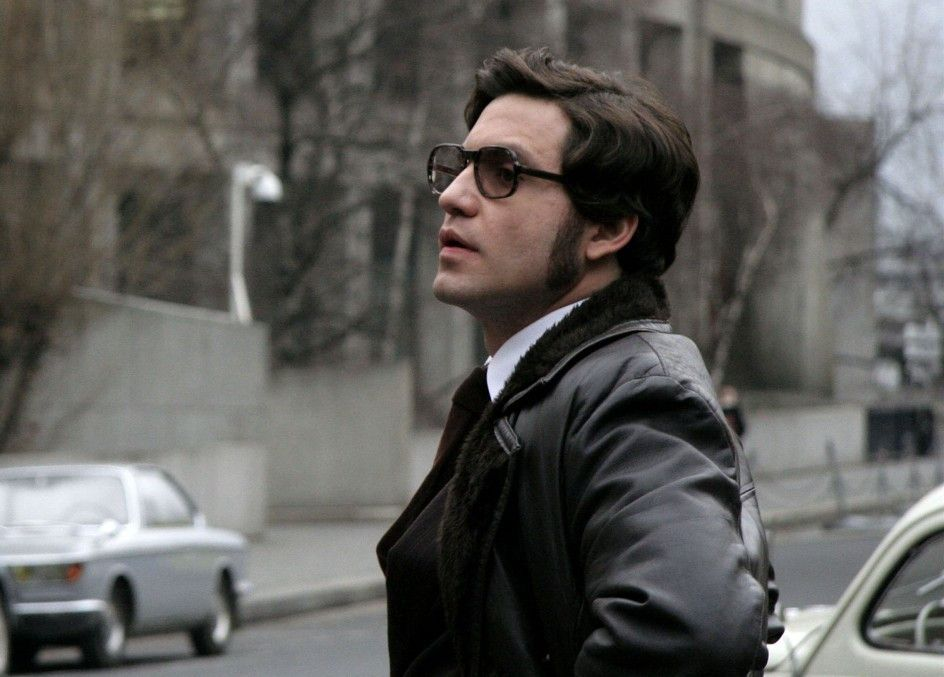 Plant den nächsten Coup: Édgar Ramírez als Carlos
