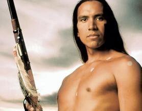 Auf in den Kampf! Michael Greyeyes als Crazy Horse