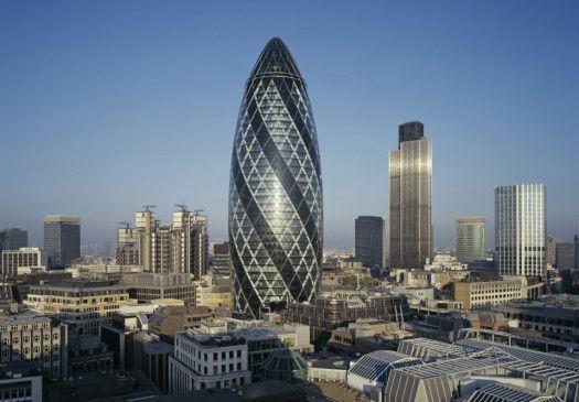 """Die """"Gurke"""" von Norman Foster in der Londoner City"""