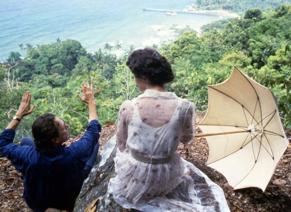 Axel (Willem Dafoe) erklärt Alma (Irène Jacob) seine Inselwelt