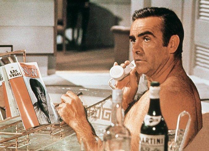 Warum soll ich denn in der Badewanne nicht  telefonieren? Sean Connery