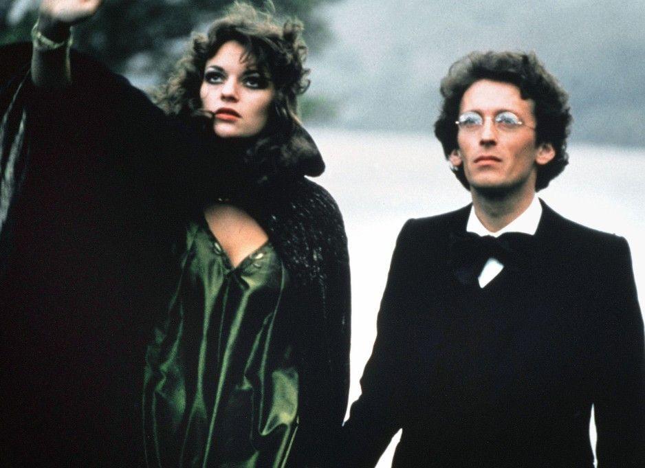 Sängerin Anna (Dana Gillespie) und Mahler (Robert Powell) sind eng befreundet