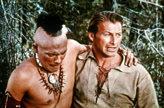 Wir müssen weg hier! Wildtöter (Lex Barker) mit Chingachgook (Carlos Rivas)