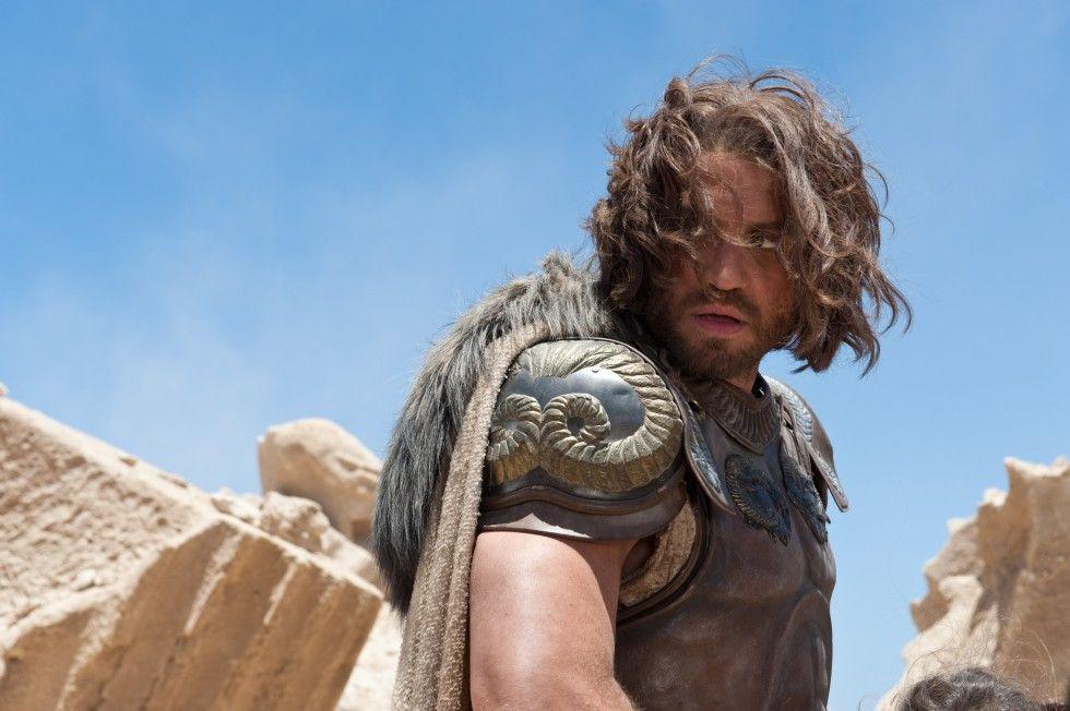 Ares (Édgar Ramírez) intrigiert gegen seinen Göttervater Zeus