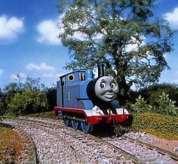 Lokomotive Thomasmuss sich gegen eine rüpelhafte  Lok wehren
