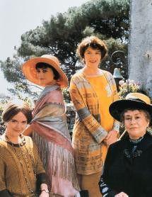 Ach, wie schön ist die Sonne Italiens: Miranda  Richardson, Polly Walker, Josie Lawrence und Joan  Plowright (v. l.)