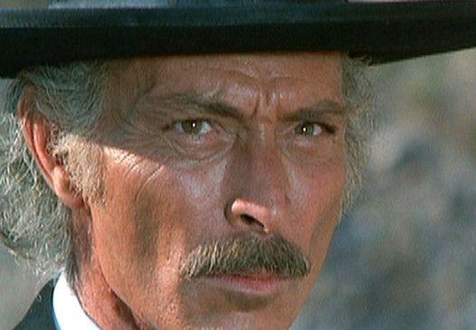 Nur Sheriff Clayton (Lee van Cleef) weiß, dass Wermeer kein Mörder ist