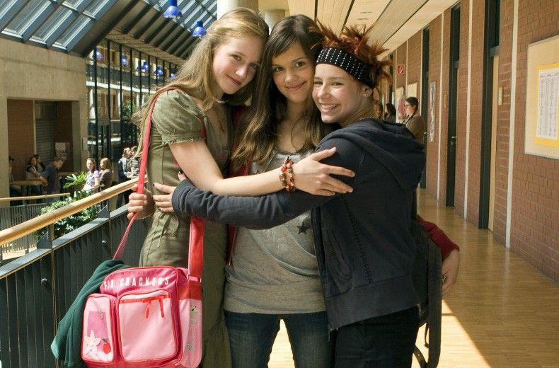 Drei Freundinnen unterwegs